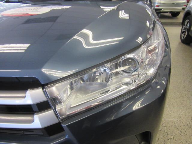 2017 Toyota Highlander XLE 4
