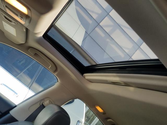 2017 INFINITI QX70 AWD 22