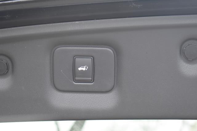 2016 INFINITI QX60 AWD 4dr 9