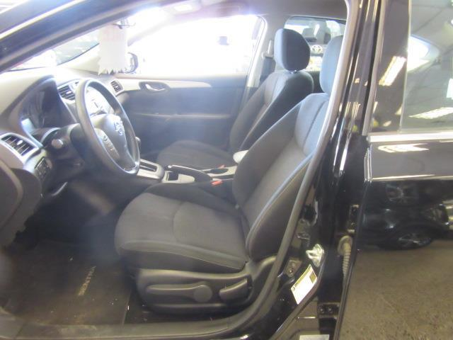 2017 Nissan Sentra S 7
