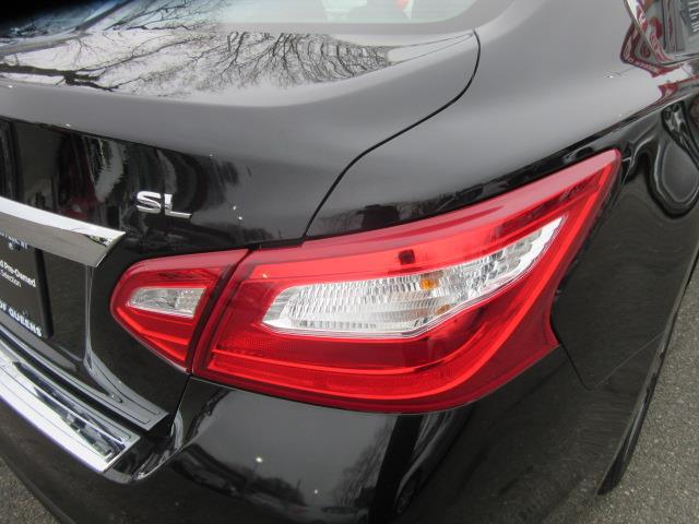2016 Nissan Altima 2.5 SL 8