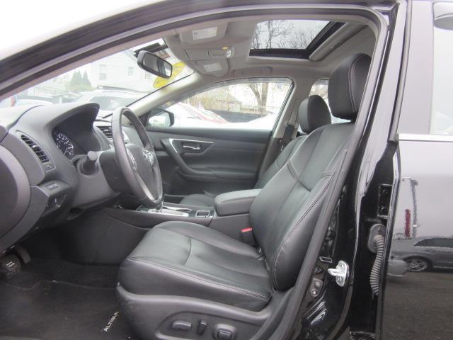 2016 Nissan Altima 2.5 SL 10