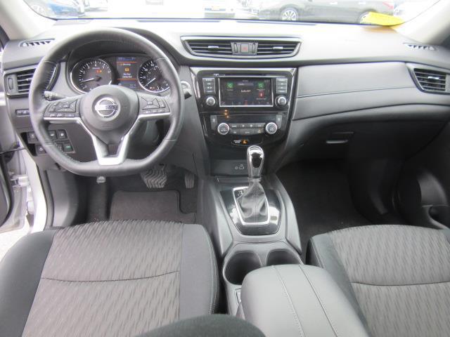 2018 Nissan Rogue SV 13
