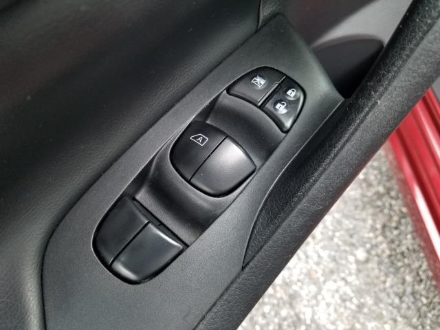 2016 Nissan Altima 2.5 SR 17