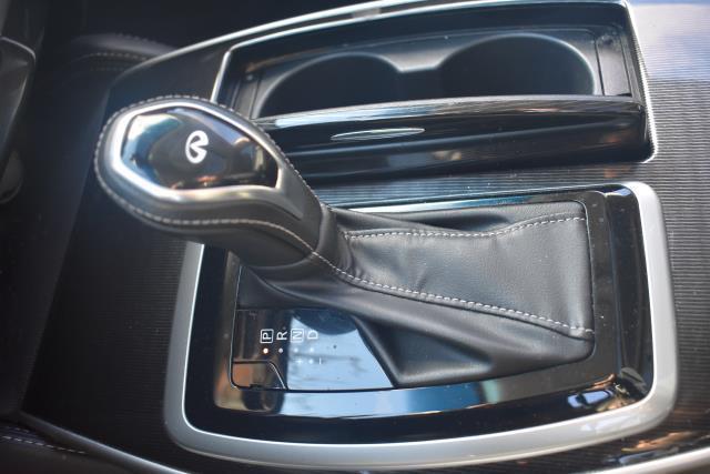 2017 INFINITI QX50 AWD 22