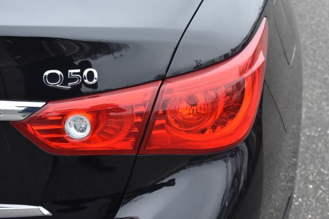 2015 INFINITI Q50 Premium 30