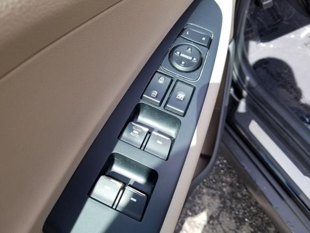 2016 Hyundai Tucson Limited 17