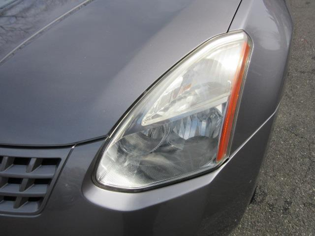 2010 Nissan Rogue S 6