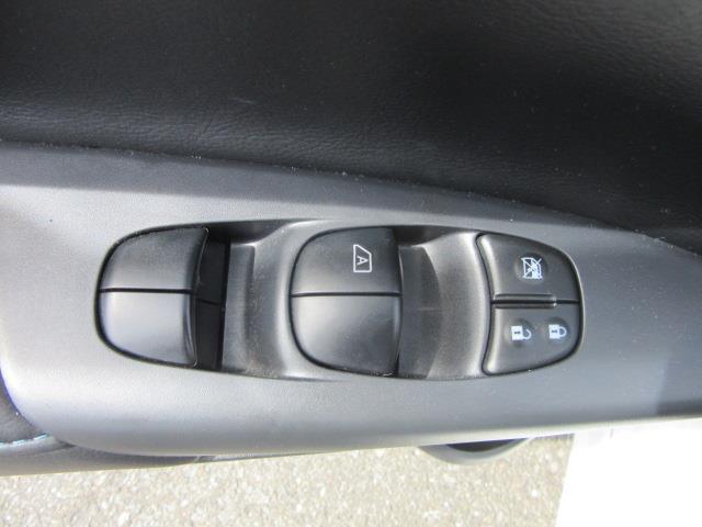 2016 Nissan Sentra SR 15