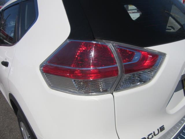 2016 Nissan Rogue S 7