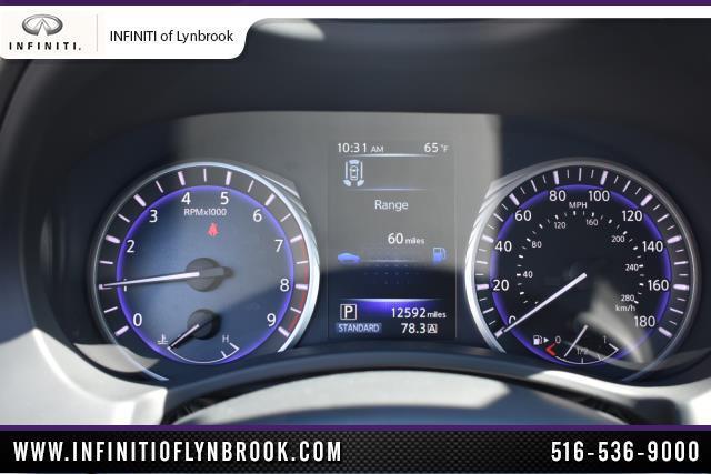 2017 INFINITI Q60 3.0t Premium 17