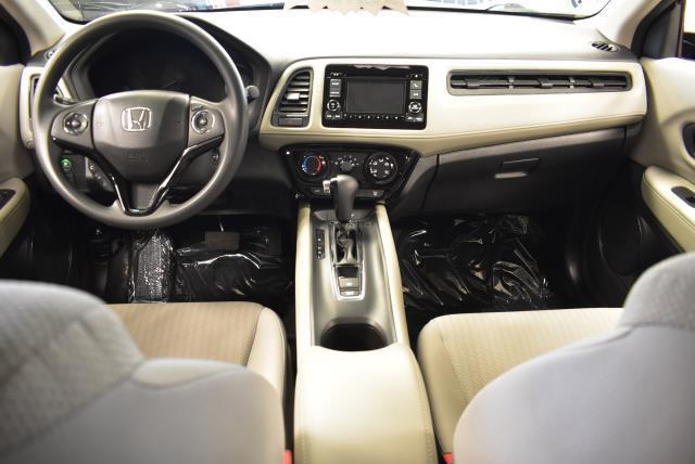 2016 Honda Hr-V LX 23