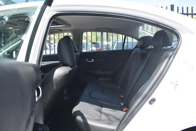 2014 Honda Civic Sedan EX-L 12