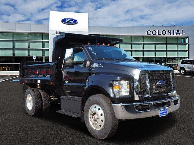 2019 Ford Super Duty F-650 Straight Frame Gas Reg Cab