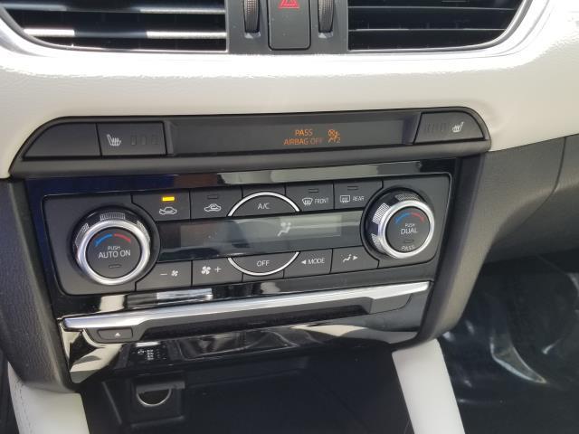 2016 Mazda Mazda6 i Grand Touring 24