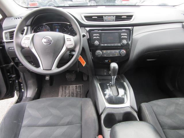 2016 Nissan Rogue S 12