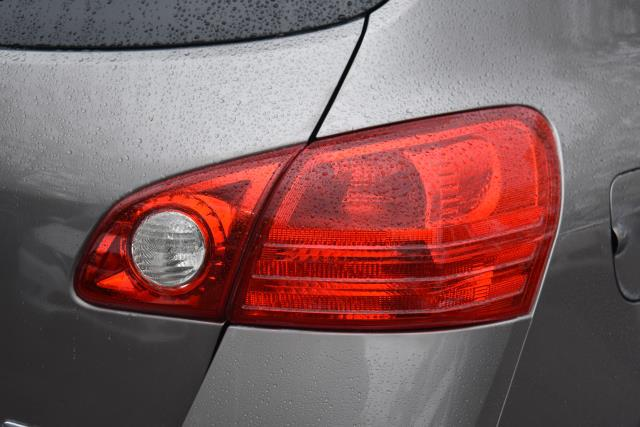 2009 Nissan Rogue SL 8