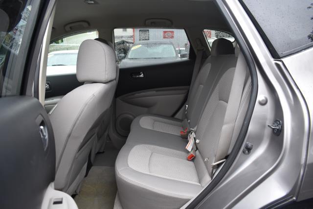 2009 Nissan Rogue SL 12