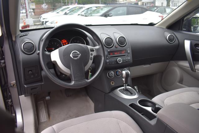2009 Nissan Rogue SL 13
