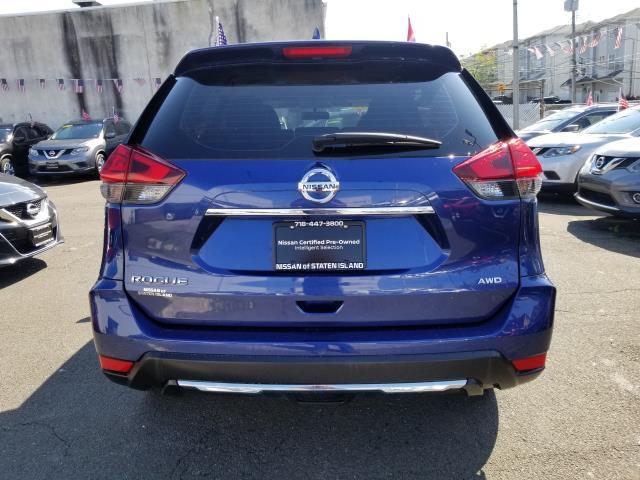 2017 Nissan Rogue S 2