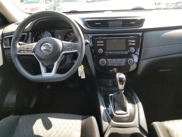 2017 Nissan Rogue S 16