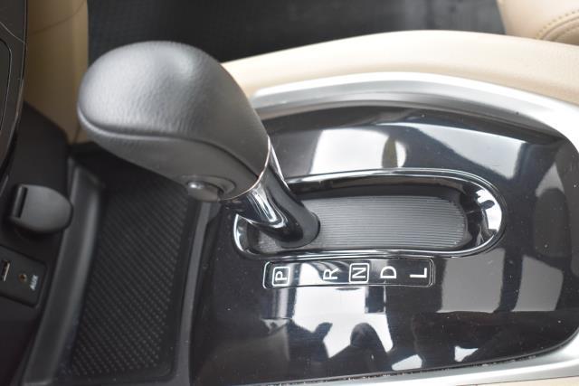 2016 Nissan Rogue SL 25