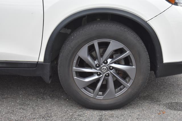 2016 Nissan Rogue SL 7