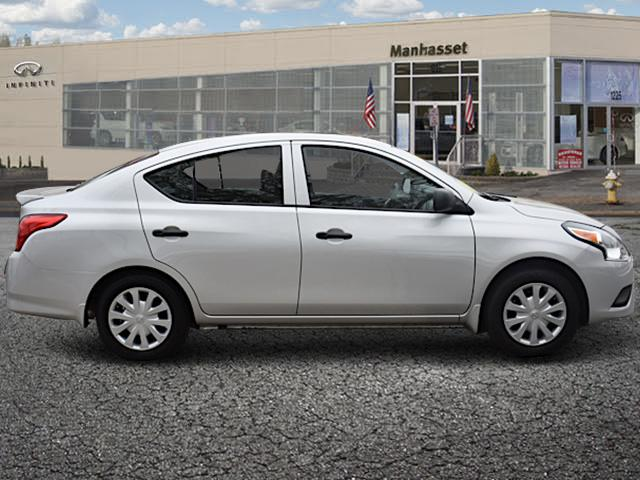 2015 Nissan Versa S Plus 1