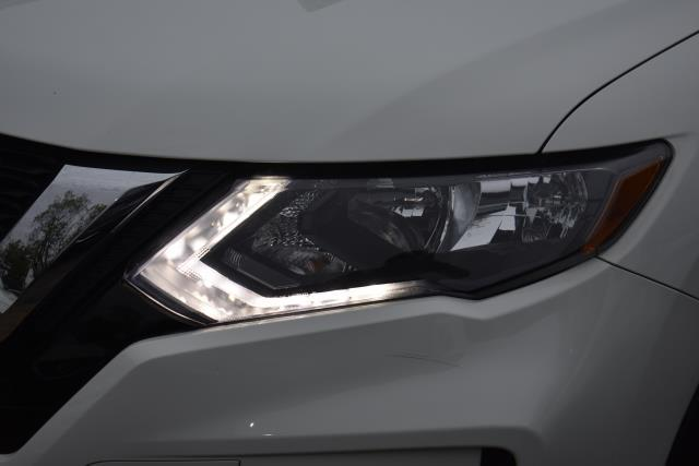 2018 Nissan Rogue S 7