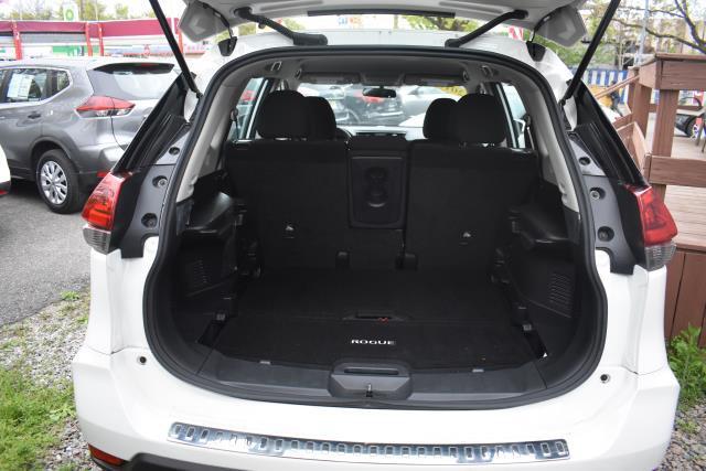 2018 Nissan Rogue S 9