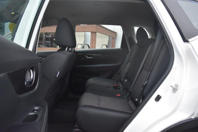 2018 Nissan Rogue S 12