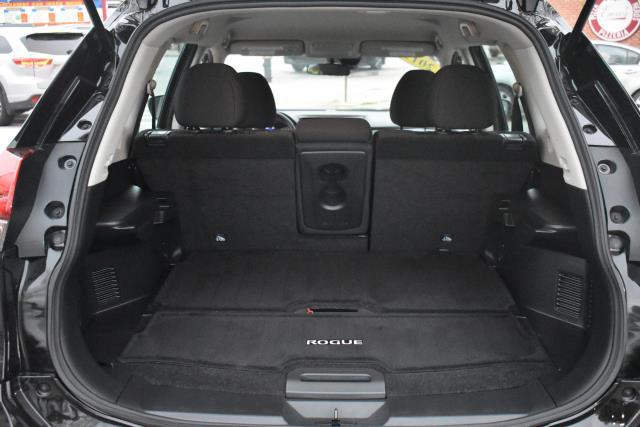 2019 Nissan Rogue S 10