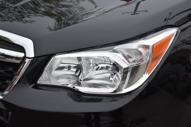 2015 Subaru Forester 2.5i 8