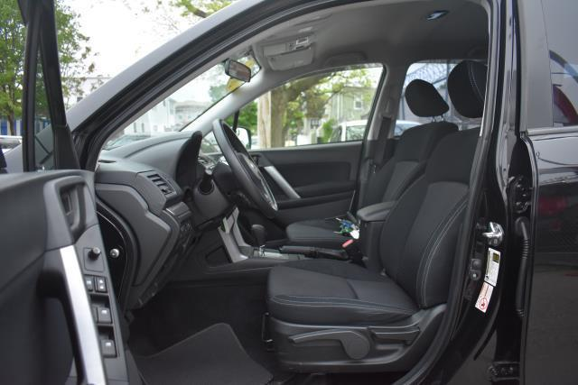 2015 Subaru Forester 2.5i 12