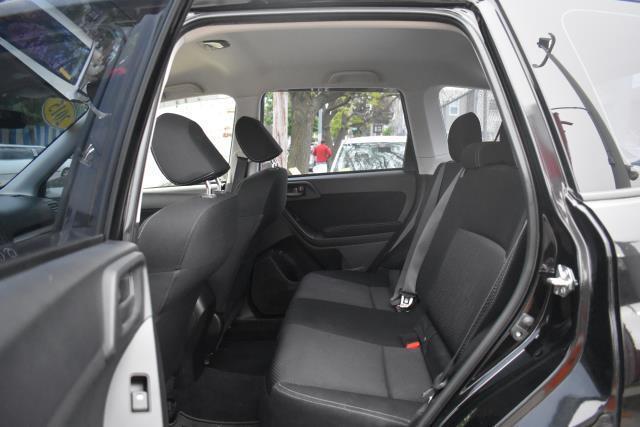 2015 Subaru Forester 2.5i 13