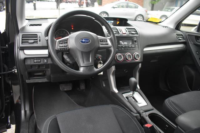 2015 Subaru Forester 2.5i 14