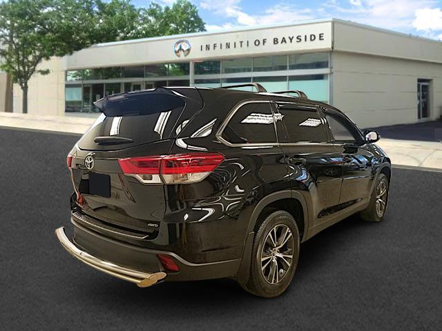 2019 Toyota Highlander LE 0