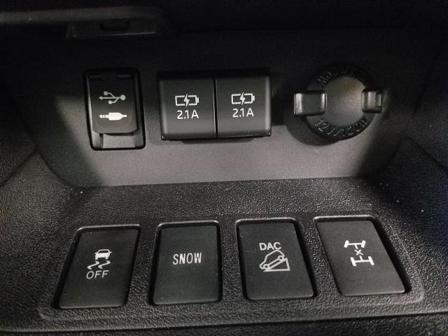 2019 Toyota Highlander LE 20