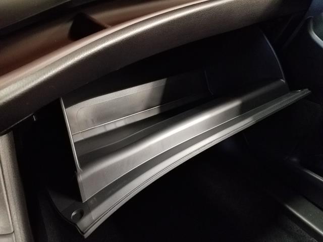 2019 Toyota Highlander LE 22