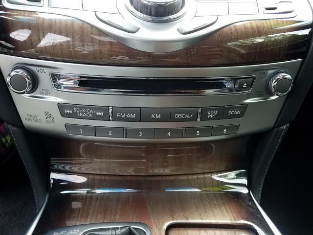 2016 INFINITI Q70 4dr Sdn V6 AWD 21
