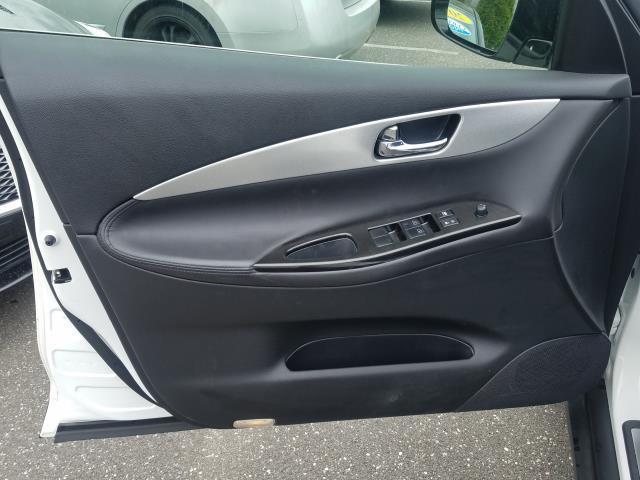 2016 INFINITI QX50 AWD 4dr 9