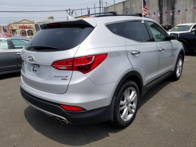 2013 Hyundai Santa Fe 2.0T Sport 3