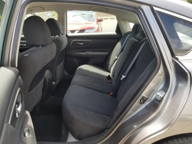 2015 Nissan Altima 2.5 SV 8