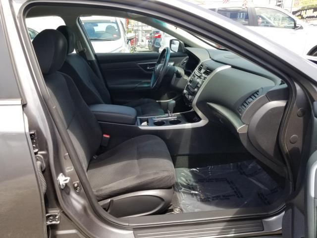 2015 Nissan Altima 2.5 SV 12