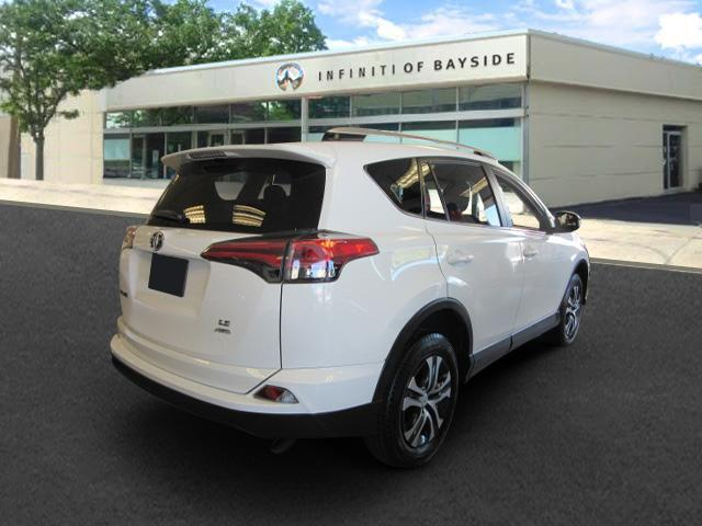 2016 Toyota Rav4 LE 2