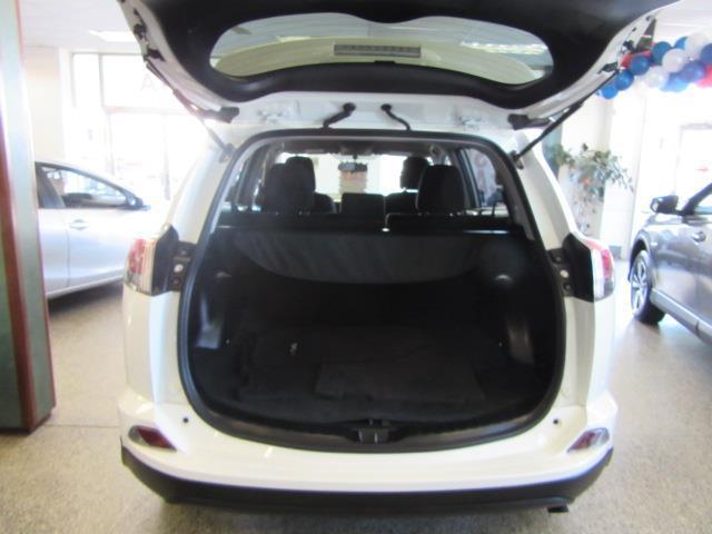 2016 Toyota Rav4 LE 3