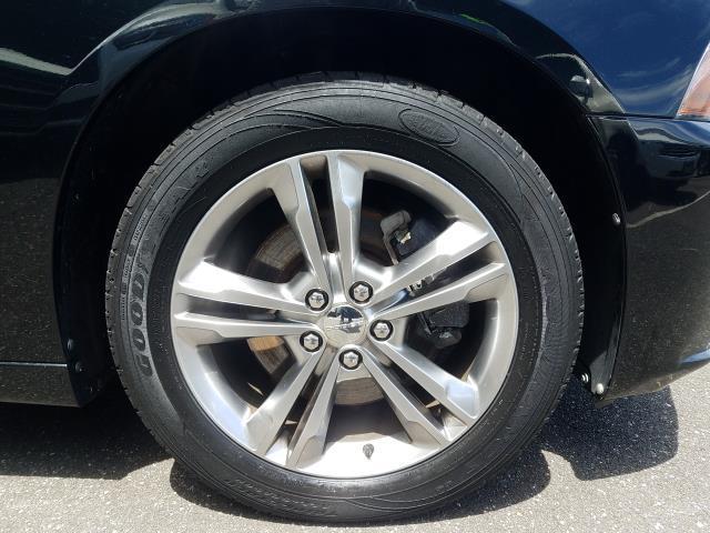 2013 Dodge Charger SXT 11