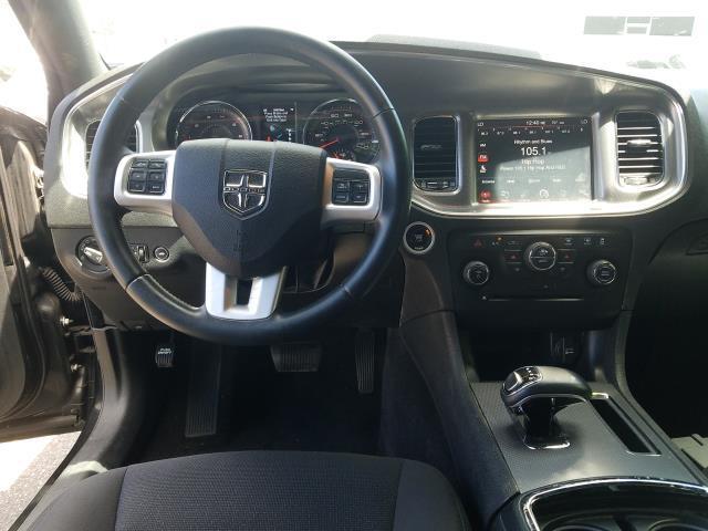 2013 Dodge Charger SXT 16