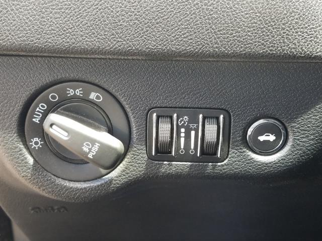 2013 Dodge Charger SXT 20