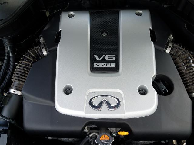2016 INFINITI Q70 4dr Sdn V6 AWD 7